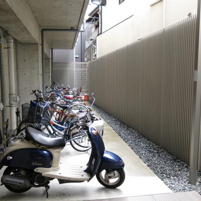 オートロック内の駐輪場です。