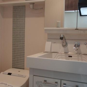 バスルームも、きちんとデザインされている。