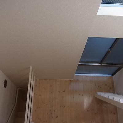 ロフトから階下を見ると※写真は別部屋