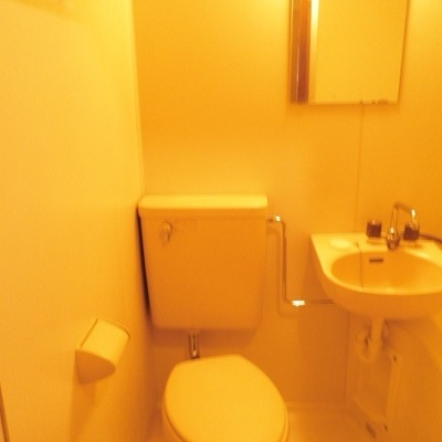 バス・トイレは同室です。