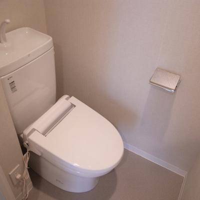 トイレも清潔感あります※写真は別部屋です。