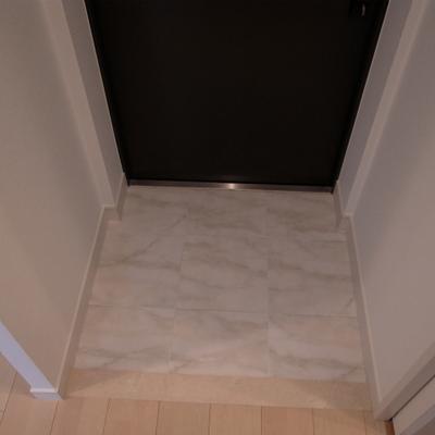 玄関。※写真は別部屋です。