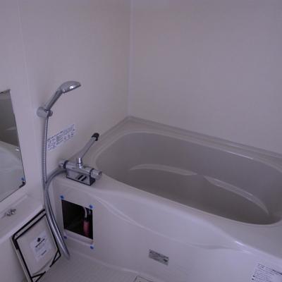 バスルームもいい広さ