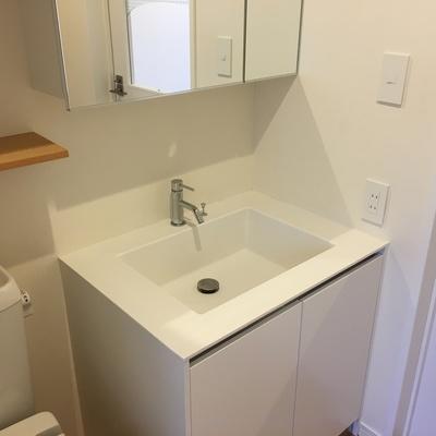 洗面台、角感、かっこいい。※写真は前回募集時のものです。