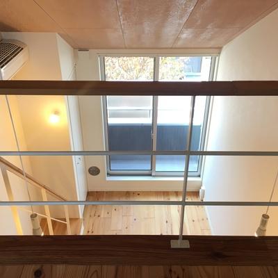 約4メートルの天井。