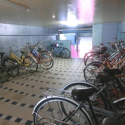 車・バイク・自転車スペースがそれぞれあります!