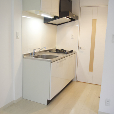 キッチンは小さいながらもしっかりと。