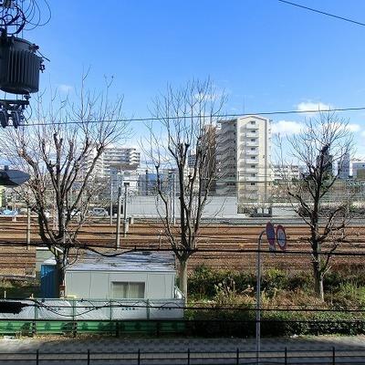 電車を眺めるにはベストポジション!