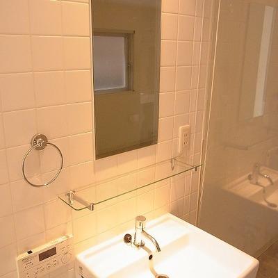 洗面もシンプルにオシャレに※前回募集時の写真です