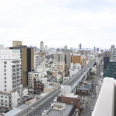 松屋町筋を見渡せます※画像は14階