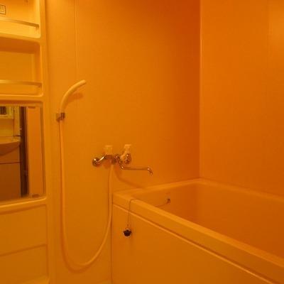 浴槽ふかめのお風呂です※お部屋は別タイプ