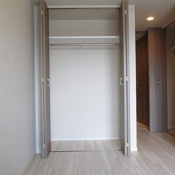 もう一個の収納です。合計2か所に大きめな収納です※写真は別部屋です。間取りは図面をご確認ください。