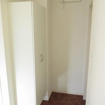 玄関横にシューズボックスあります!※写真は別部屋です。
