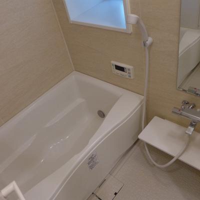 お風呂も清潔感あり、落ち着く空間です!