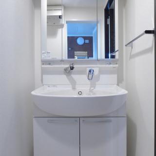 洗面台も大きめで、使い勝手良さそうです!