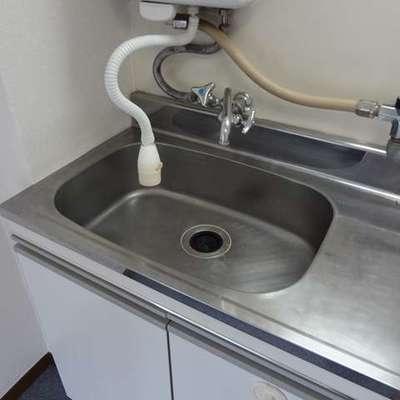 もちろん給湯機はあります。(写真は403)