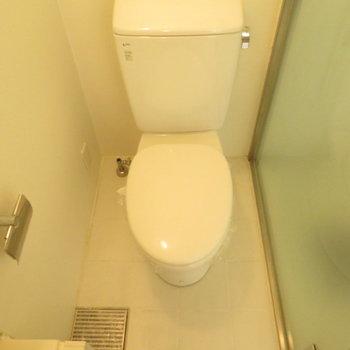 その向かいにはトイレが