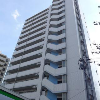 鶴舞にある、がっちり大きいマンションです!