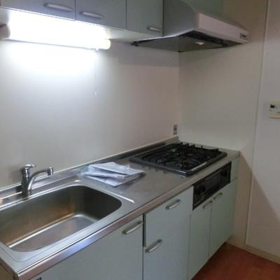 設備充実のキッチンです。