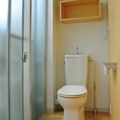 明るいトイレ※写真は208号