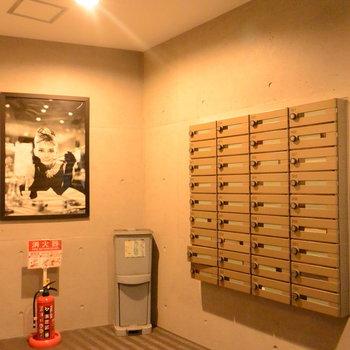 メールボックスにはオードリーヘップバーン※写真は前回募集時のものです。