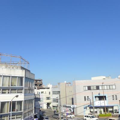 眺望は抜けています。ちょっぴりレトロな街。