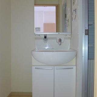 洗面台もシンプルでgood。