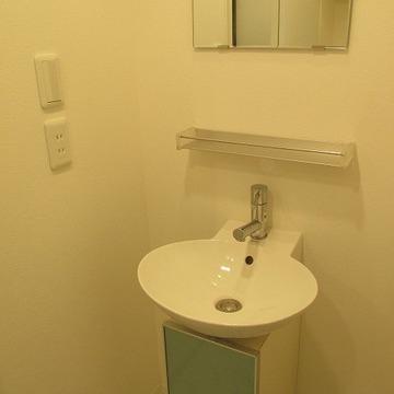 洗面台もしっかりあります!※写真は別部屋になります。
