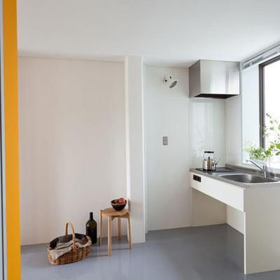 キッチンはIHです。極力すっきりデザイン。