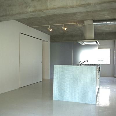 緑のアパートメントⅢ
