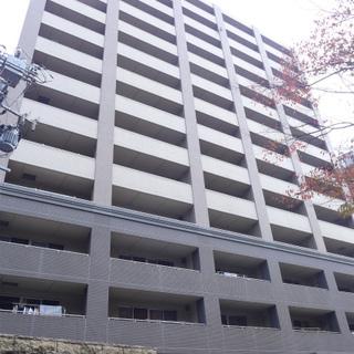 大通り沿いの大きなマンション!!