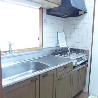 キッチンもゆとりのある広さ!