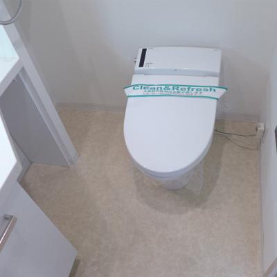 トイレはウォシュレット。※写真は別部屋になります。