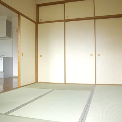 きれいな和室もあります※写真は1302号