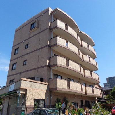 5階建のマンション。周辺環境が良いです!