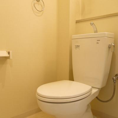 トイレはウォシュレット無しです