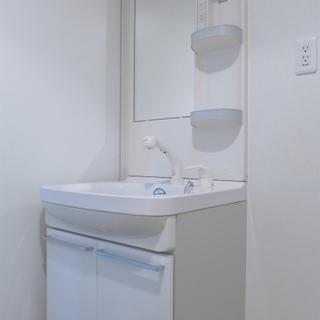洗面台も広く、使い勝手good!