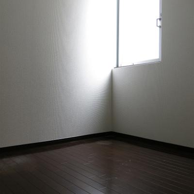 寝室部分。2m x 2.3m くらい。