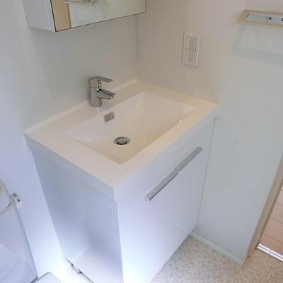 洗面台はこんなかんじ。