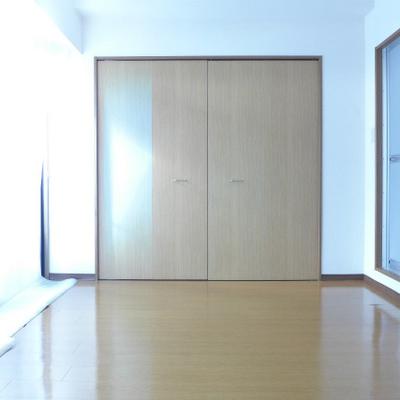 11帖の洋室、広いです!
