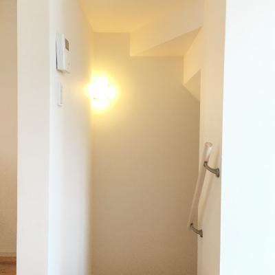 一階に降りる階段です