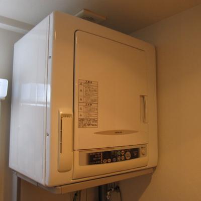 衣類乾燥機付き!※写真は1階の似た間取りの別部屋です