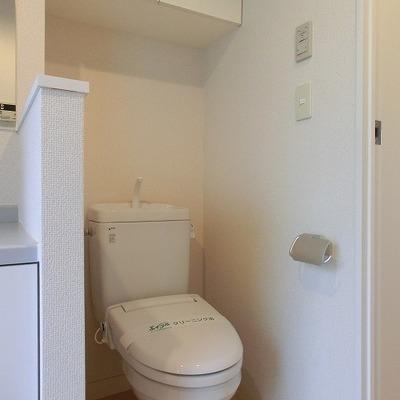 脱衣所におトイレがあります。※写真は前回募集時のものです