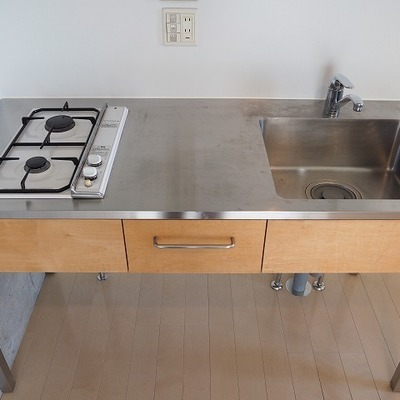 キッチンも使い勝手がよさそう。※写真は別部屋です