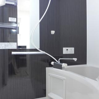 お風呂もサーモ水栓で使いやすく◎