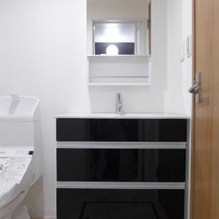 水まわりは1階に。洗面台は大きめで使いやすそう!