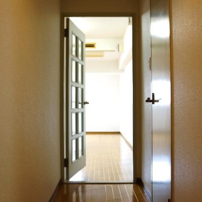 廊下はこんな感じです