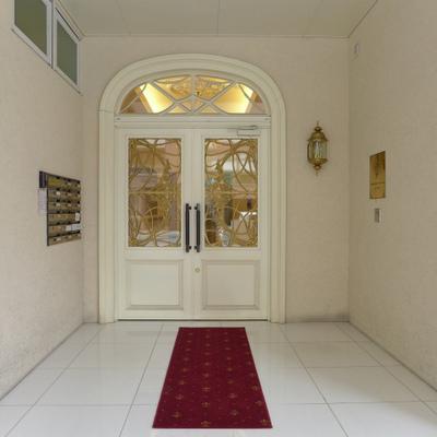 お城への入り口。