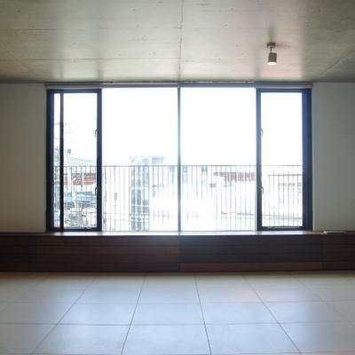 大きな窓です