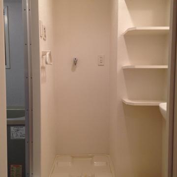 洗濯機ももちろん室内に置けます。